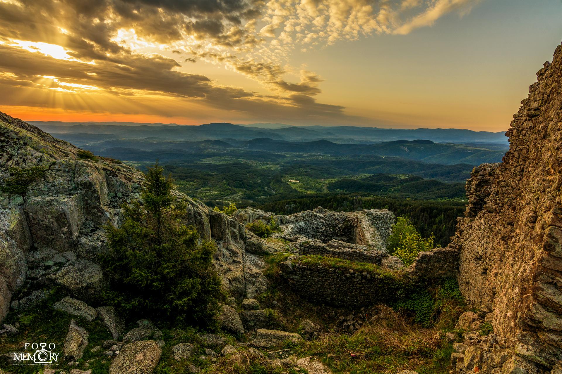 Крепост Устра по изгрев